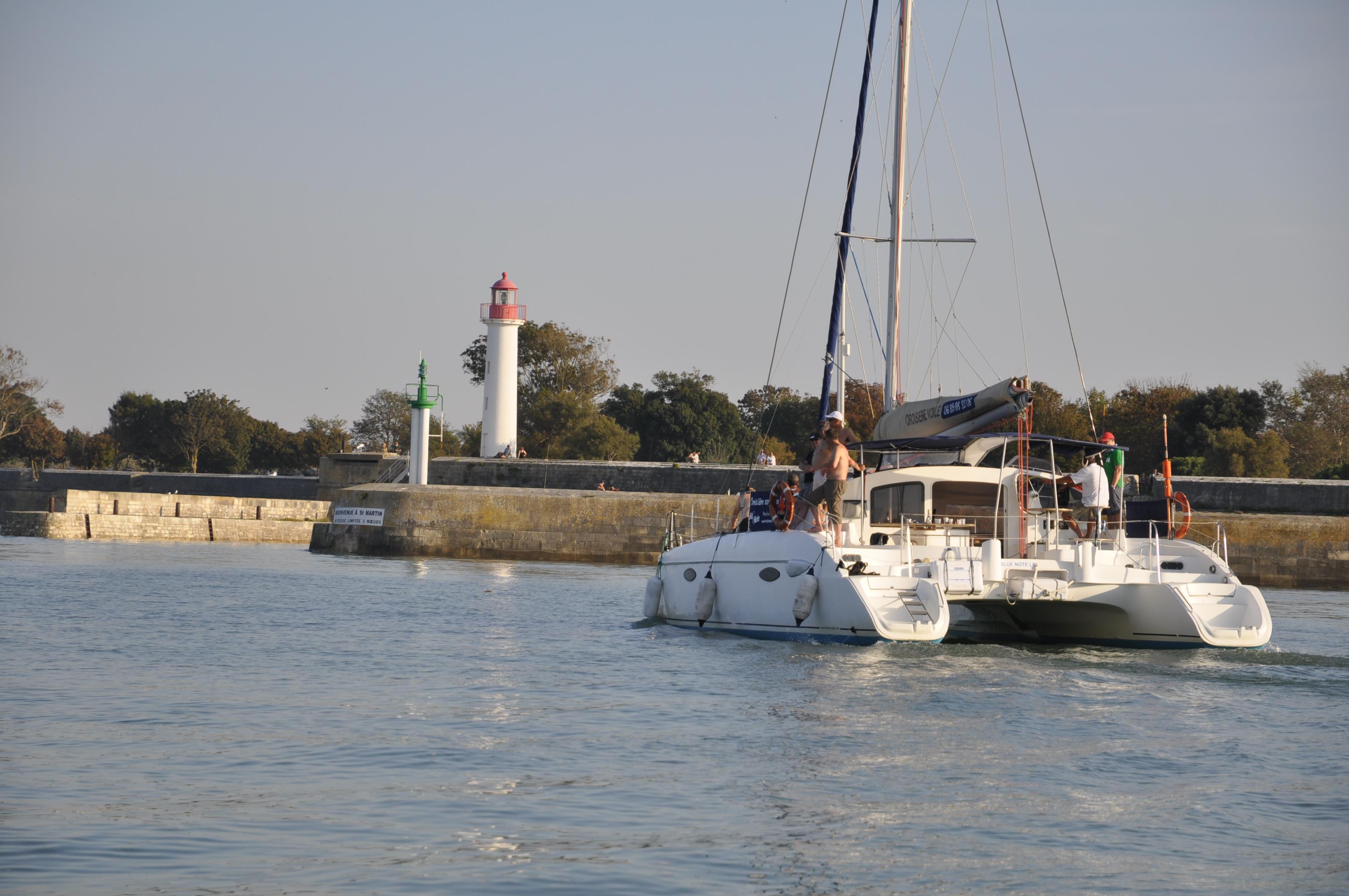 Entrée Au Port De Saint Martin De Ré   Résidence Le Clos Rhéa, ...